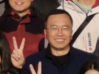 细节满满!荣耀总裁赵明晒荣耀V20样张
