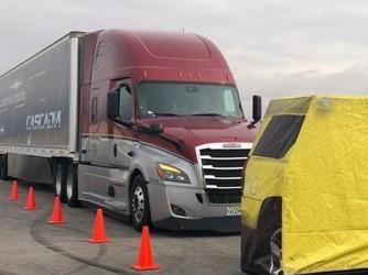 CES2019新看头!戴姆勒展示自动驾驶卡车Cascadia