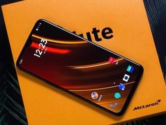 性能强劲体验极致 这些手机买来不打游戏浪费了