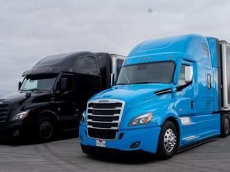 戴姆勒推出L2自动驾驶卡车Freightliner Cascadia