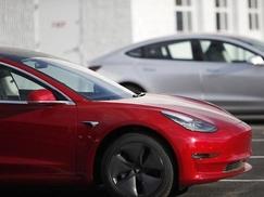 特斯拉终止其客户推荐计划 以帮助控制Model 3成本