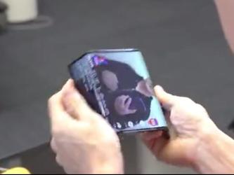 小米折叠屏手机上手视频正式官宣! 惊艳双折叠设计