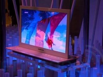 三星推出适用于笔记本电脑的首款UHD OLED显示器