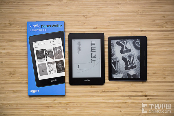 全新Kindle Paperwhite£¨中£©与Kindle Oasis(6英寸)