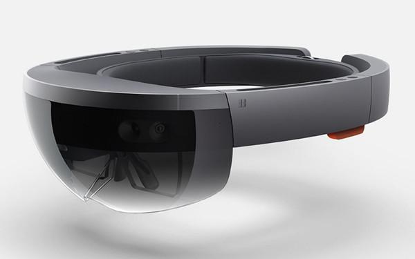 """微软""""HoloLens""""眼镜"""