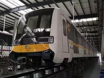 西南首条无人驾驶地铁开始新车调试!成都人民有福了