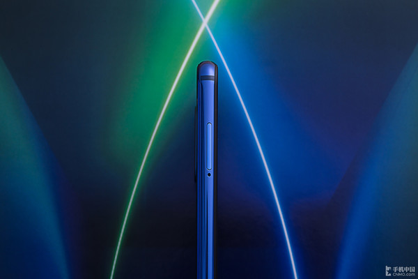 小米9 SE评测:这是一款你拿起便不想再放下的手机