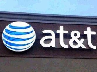 AT&T股价暴跌12个月后终回升 相比Verizon更具吸引力