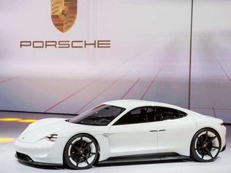 保时捷Taycan原型车发布在即 它会是你的理想型吗?