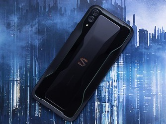 黑鲨游戏手机2今日10点再开售 这项功能成吃鸡利器
