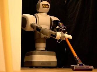 不喜欢收拾房间?日本的这款家务机器人或许可以代劳