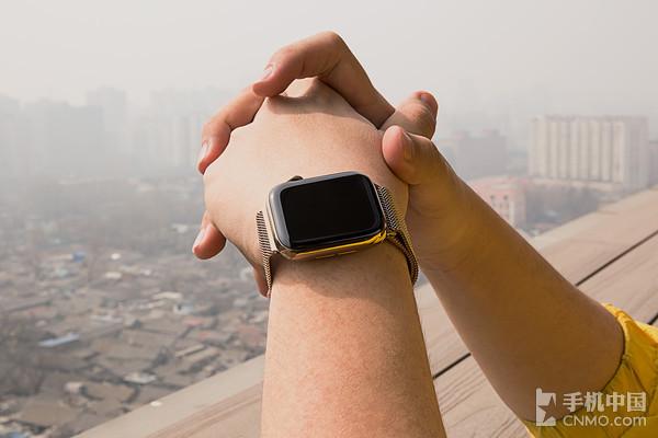 Apple Watch Series 4佩戴体验十分舒适
