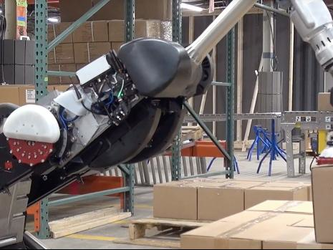 只会搬砖可不行 波士顿动力机器人搬货码货样样精通