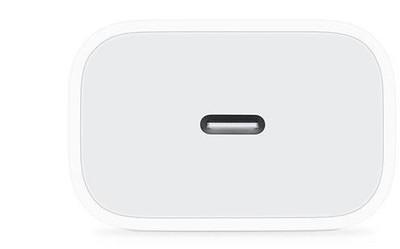 今年三款新iPhone或标配18W快充头 支持无线反向充电