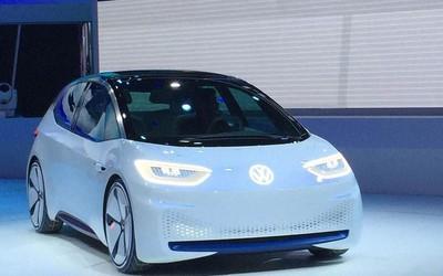 大众I.D.全电动两厢车新造型亮相 量产版将于9月推出