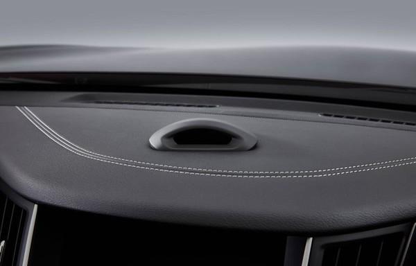 ProPilot 2.0車內監視器,隨時監視駕駛員狀態(圖源Engadget)