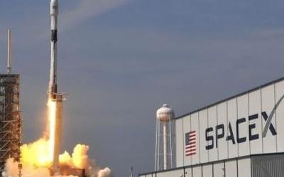 一波三折 SpaceX60顆Starlink衛星終于成功發射升天