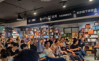 手机中国总编樊郁冬:专注旗舰造就一加手机机皇品质