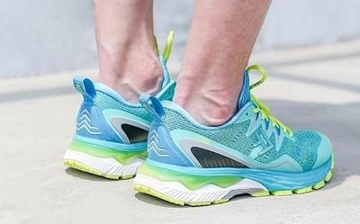 小米有品上线专业级跑步鞋 可搭配智能运动芯片使用