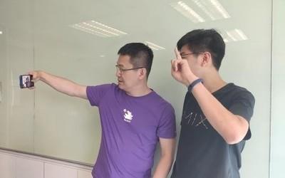 卢伟冰怒怼网友:被垃圾人歪曲观点 已经交由法务处理