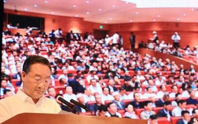 苏宁代表出席中国光彩事业临夏行主体活动大会