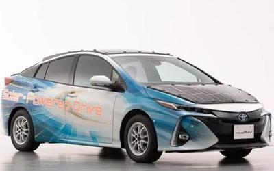 """丰田""""太阳能车顶"""" 每天可让电动汽车增加44.5公里续航"""
