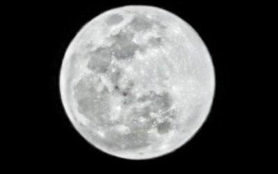 手机拍月亮华为是认真的!官方甚至为其申请了专利
