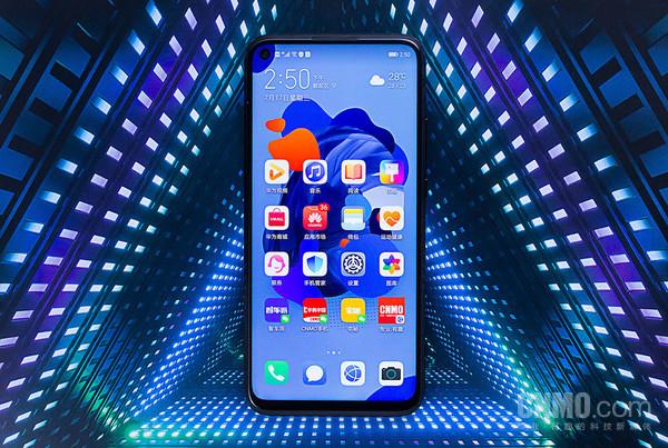 【千亿国际手机网】-以拍为主,颜值与实力并存:华为nova 5i Pro新品评测