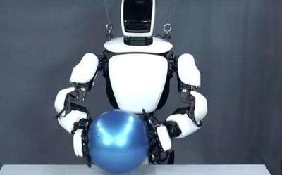 丰田为东京奥运会设计了五款机器人 说学逗唱样样行