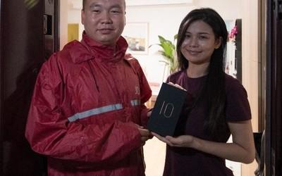 中兴Axon 10 Pro 5G开售 京东送达国内5G新亚博滚球第一单
