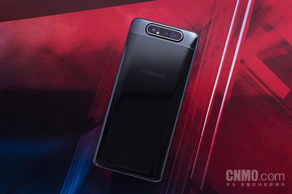 """会""""杂技""""的三星Galaxy A80评测:自拍也需要仪式感"""
