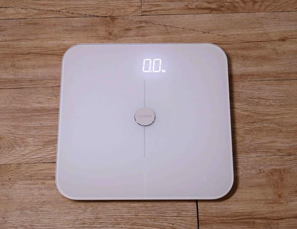 空气和体重 联想解决生活中不可避免的两大问题!