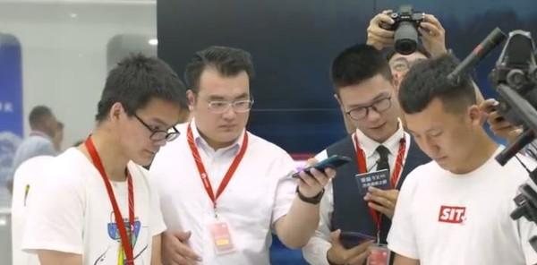 荣耀9X系列西研所方舟速度之旅