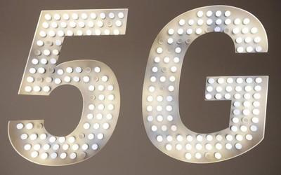 5G元年的第一个开学季 学生党是否应该选购5G手机