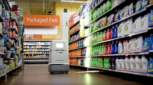 沃尔玛已经开始雇佣机器人店员 为了降低人力成本