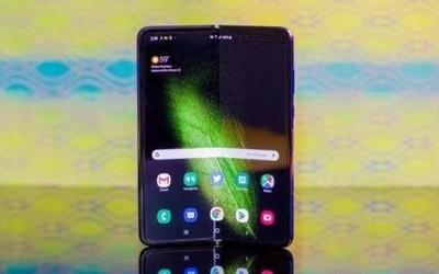 三星Galaxy Fold订单被取消 美国用户获250美元赔偿