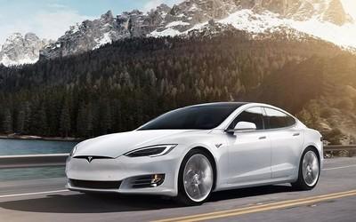 马斯克公开叫板保时捷新车 Model S下周刷圈纽北赛道