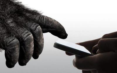 你即将拥有的第一台5G手机 抗刮擦抗摔甚至更省电