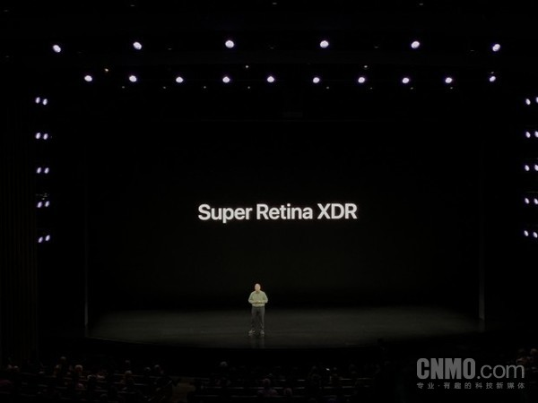 iPhone 11 Pro和Max的屏幕技�g