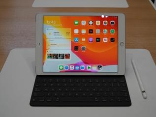 【极速上手】10.2英寸屏:内置A10芯片 iPad 2019现场上手体验