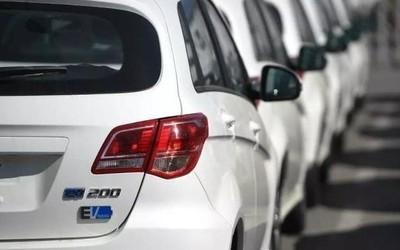 乘联会发布8月乘用车产销数据 新能源汽车销量下滑