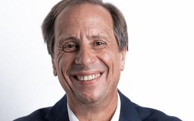 王雪红继续担任HTC董事长 Yves Maitre出任HTC CEO