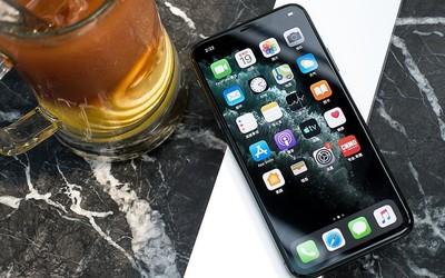"iPhone 11 Pro Max评测 年度真旗舰究竟""Pro""在何处?"