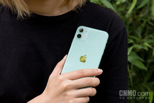 "iPhone 11评测:虽不是""Pro""但不妨碍它成为""真香""旗舰"