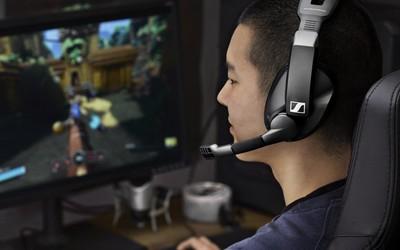 森海塞尔发布头戴游戏耳机 续航100小时/售价1428元