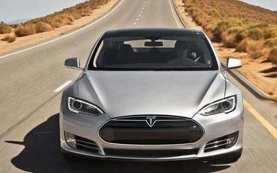 马斯克:车载系统升级了 全自动驾驶涨价1000美元