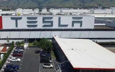 中国有关部门批准特斯拉将开始在上海工厂生产model 3