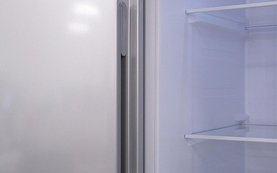 米家风冷对开门冰箱上手体验 冻住一瓶水只要两小时