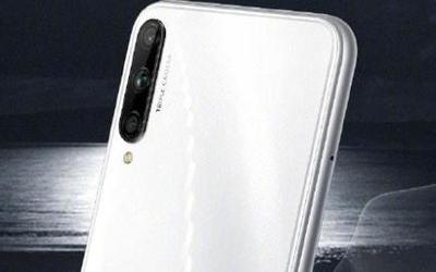 荣耀Play3推出冰岛白配色 4800万像素/11月11日开售