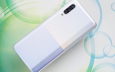 """三星Galaxy A90 5G评测:一款没有那么""""高贵""""的5G手机"""